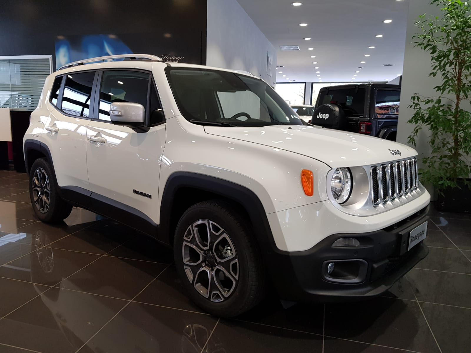 201812 Jeep Renegade Premium Edition